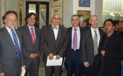 Ezzeddine Bach Chaouch (Ministro de Cultura) y Mohamed Doggui (Túnez, 2011)